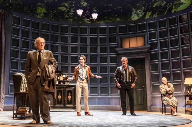 Ian McKellen (Spooner), Damien Molony (Foster), Owen Teale (Briggs) and Patrick Stewart (Hirst) in No Man's Land. Photo credit: Johan Persson