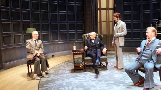Spooner (Ian McKellen), Hirst (Patrick Stewart), Foster (Damien Molony), Briggs (Owen Teale)